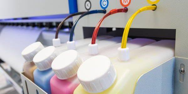 Descubra como funciona a fabricação das tintas para impressora